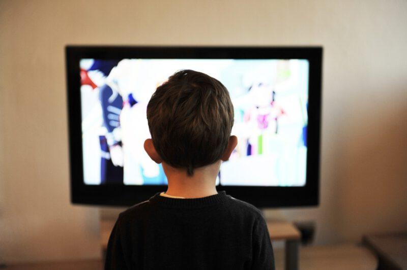 Telewizja a młody człowiek